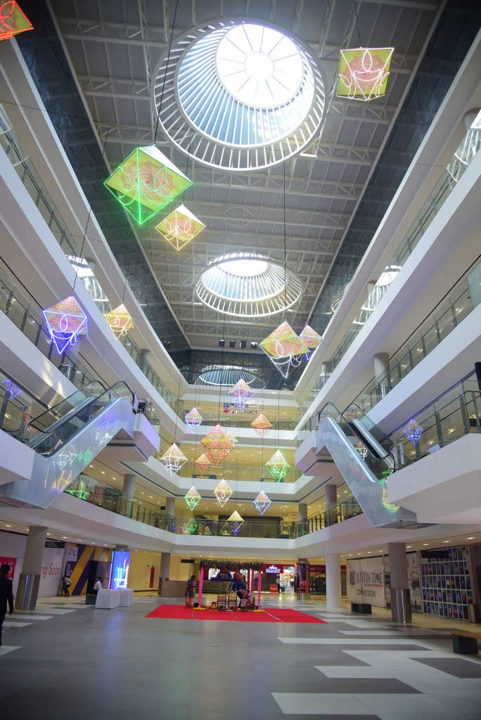 View of biggest mall in pimpri chinchwad